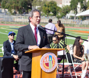California State Assembly Member Richard Bloom