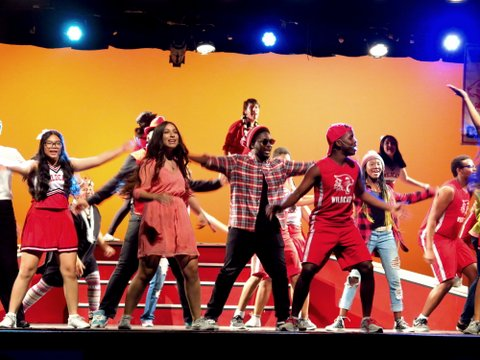 "Disney's ""High School Musical"" at Uni: The Finale!"
